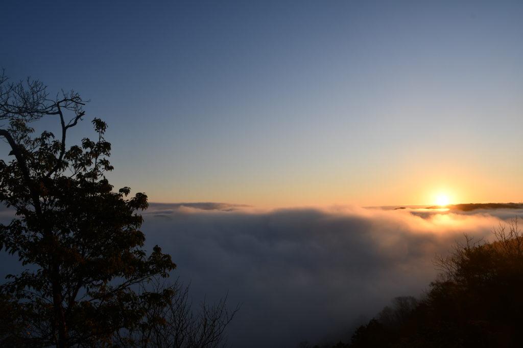 美作市 美しい里山公園から望む初日の出です。